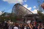 The first hybrid rollercoaster opens in Walibi Holland